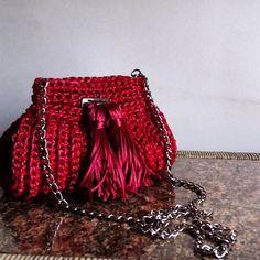 Mini Bag Cereja #clutch #bolsas #bolsadecroche