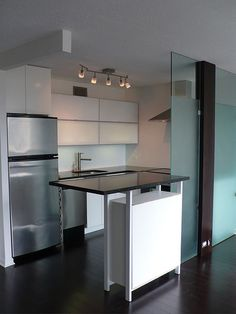 Modern Kitchen Designs for Small Space