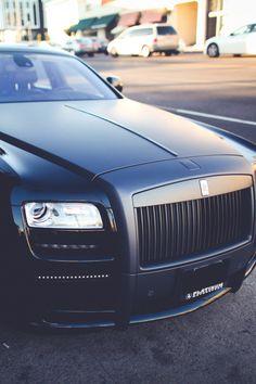 thelavishsociety:  Rolls Royce by Shannon B | LVSH