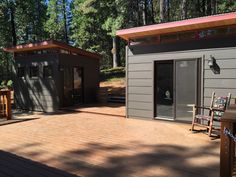 Holly and Chris purchased twin Modern-Shed studios at their vacation home and cabin.