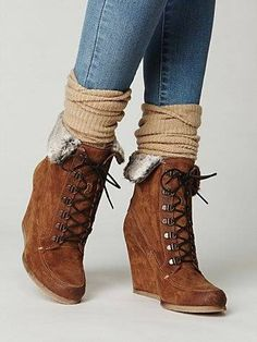 Destin Wedge Boot