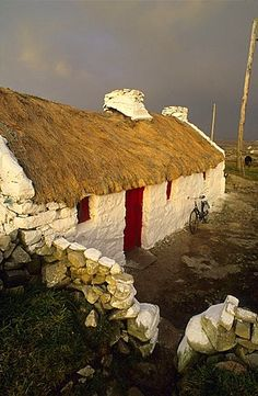Cottage in Knock, Lettermullen peninsula, Connemara, Co. Galway, Ireland, Europe
