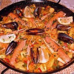 Paella.filipino style -- http://www.pinterest.com/ronleyba/filipino-recipes-philippine-foods-filipino-dish/
