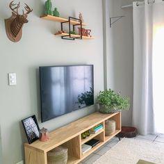 Interior Green Warm - Home Interior Wall - Interior Wohnzimmer Klassisch - Decor, Living Room Decor, Home Decor, House Interior, Apartment Decor, Home Deco, Bedroom Decor, Home Interior Design, Interior Design