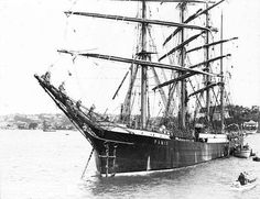 """Four-masted barque """"Pamir"""" in Sydney Harbour, circa 1947"""