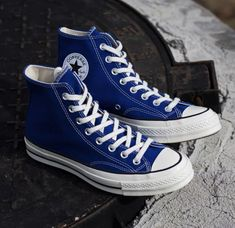 Converse Chuck, Chuck Taylor Sneakers, Chuck Taylors, Me Too Shoes, 1970s, Addiction, Sunglasses, Accessories, Art