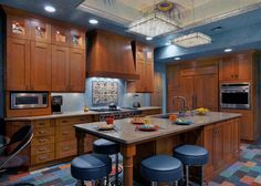 Looking for Kitchen and Eat-In Kitchen ideas? Browse Kitchen and Eat-In Kitchen images for decor, layout, furniture, and storage inspiration from HGTV.