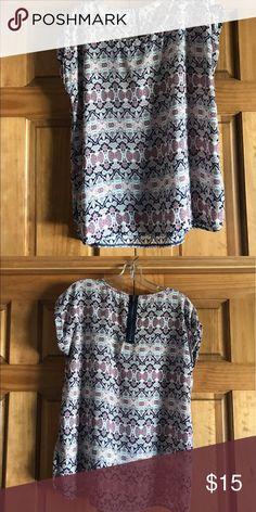 NWOT Shirt NWOT shirt with cute zipper detail on back Tops
