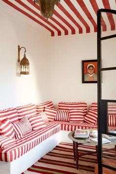 Look inside the stylish Moroccan homes of Tangier's tastemakers. Can you guess which one was the home of Yves Saint Laurent? Riad Marrakech, Tangier Morocco, Red And White Stripes, Bold Stripes, White Walls, Building A House, Living Spaces, Living Rooms, Home And Garden