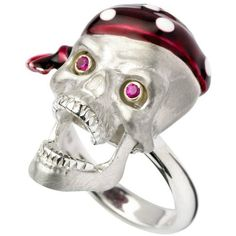 Preowned Deakin & Francis Silver Pirate Skull Ring ($460) ❤ liked on Polyvore featuring jewelry, rings, cocktail rings, multiple, pre owned rings, pirate ring, silver jewelry, skull jewelry and silver skull jewelry