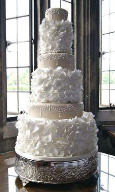 Gorgeous multi-tiered wedding cake