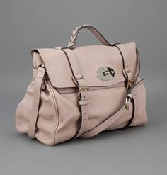 Mulberry Alexa Bag color crema #mulberry,  сумки модные брендовые, bags lovers, http://bags-lovers.livejournal