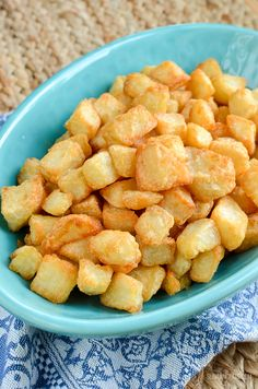 Slimming Eats Syn Free Extra Crispy Potatoes - gluten free, dairy free, vegetarian, Slimming World and Weight Watchers friendly Slimming World Dinners, Slimming World Breakfast, Slimming World Recipes Syn Free, Slimming Eats, Slimming Word, Syn Free Food, Dairy Free Recipes, Gluten Free, Actifry Recipes