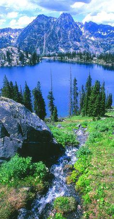 Gilpin Lake near Steamboat Springs, Colorado .