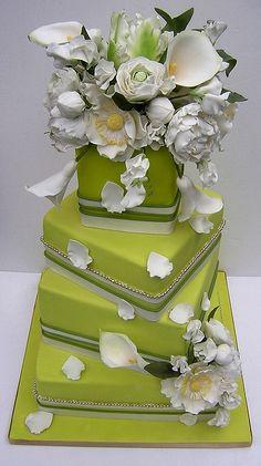 Lime Green Wedding Cake by Osedo L Cakes Beautiful Wedding Cakes, Gorgeous Cakes, Pretty Cakes, Cute Cakes, Amazing Cakes, Lime Green Weddings, Chartreuse Wedding, Lime Wedding, Fondant Flowers