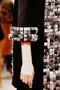 Chanel Fall 2013 Couture Fashion Show Fashion Week, Fashion Art, High Fashion, Fashion Show, Womens Fashion, Fashion Design, Fashion Trends, Fall Fashion, Fashion Models