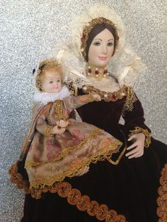 CLAUDIA DE' MEDICI ( SEC: XVI)  Also you can see other dolls of this collection on Pinterest, please search: Marin doll Marin Munecas bambole Marin