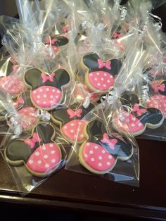 Minnie cookies  Made by: Alexandra Toscano