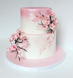 A Lovely Cherry Blossom Quinceanera Theme - Hochzeit - Wedding Cakes Pretty Cakes, Cute Cakes, Beautiful Cakes, Amazing Cakes, Japanese Birthday, Japanese Party, Japanese Wedding Cakes, Japanese Theme Parties, Japanese Geisha