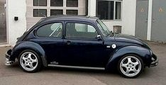 WHAT LOOK U WANT TO LOOK Two units below the best car in the dream like personally Ha .. German Look make eyes look smooth classic simplici...