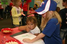 Smith Elementary Reading Restaurant - Mansfield ISD Photo Galleries