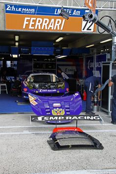 http://www.planete-gt.com/wp-content/uploads/2014/06/LeMans-2014-Paddock-Ferrari-SMP-Racing-01.jpg