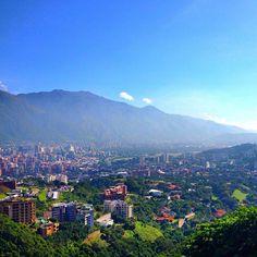 How I miss #home! #caracas #venezuela #hometown #latinamerica #elavila #cerroavila #paradise #eternalsummer #sky photo by @luisbenitezgarcia