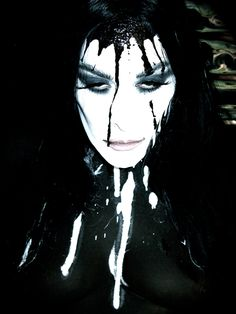 Diamanda Galas by Kristofer Buckle 2010 Diamanda Galas, Goth Music, Dream Pop, Fierce Women, New Romantics, The New Wave, Dark Gothic, Metal Girl, Man Ray
