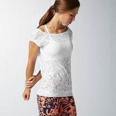 Reebok Clothes, Gym Wear For Women, T Shirts For Women, White Reebok, Burnout Tee, Fitness Fashion, Feminine, Tunic Tops, Stylish