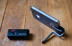 Belkin LiveAction iOS Camera Remote - An awesome Bluetooth remote for the iPhone