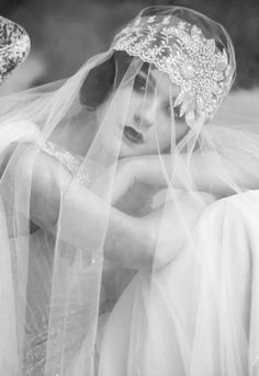 Trendy Wedding Day Pics Ideas The Bride Vintage Veils, Vintage Wedding Photos, 1920s Wedding, Vintage Bridal, Wedding Veils, Trendy Wedding, Wedding Styles, Wedding Day, Dress Wedding