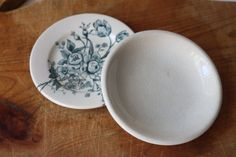 Stocking Stuffer Jewelry Dishes  English Ironstone by SouthernGilt