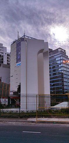 Fuente en homenaje al IV Centenario de la Fundación de Buenos Aires CABA