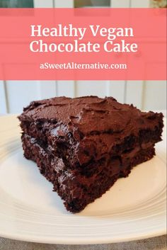 Vegan chocolate cake recipe that's so healthy and delicious. This healthy glut… Vegan chocolate cake recipe that's so healthy and delicious. This healthy gluten free vegan chocolate cake is refined sugar free and dairy. Healthy Muffin Recipes, Healthy Vegan Snacks, Healthy Gluten Free Recipes, Gluten Free Desserts, Vegan Gluten Free, Dairy Free, Vegan Recipes, Healthier Desserts, Vegan Food