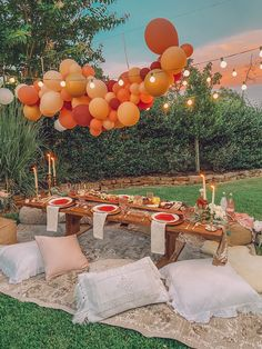 Picnic Birthday, 18th Birthday Party, Birthday Dinners, Backyard Birthday Parties, Picnic Theme, Garden Birthday, Birthday Ideas, Teenager Party, Outdoor Dinner Parties
