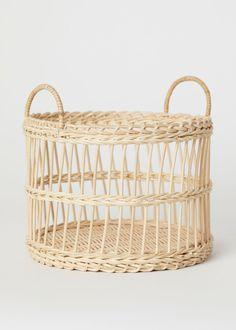 Sirtfood Diet Plan Discover Rattan Fruit Basket - Beige/rattan - Home All Picknick Set, Home Interior Accessories, Three Birds Renovations, Basket Lighting, H&m Home, Rattan Basket, Seagrass Storage Baskets, Sewing Baskets, H&m Gifts