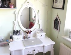 Attractive White Oval Mirror And Unique White Makeup Dressing Tables As Antique Vanities In Women Bedroom Furnishing Ideas