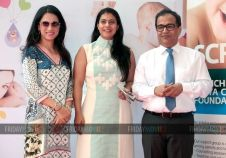 Kajol unveils Rouble Nagi's sculpture at Surya Hospital
