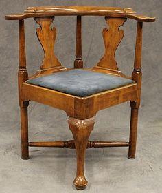 Lot 3125: Maple Corner Chair - Alderfer Auction & Appraisal | Circa 1780 h:32 in.