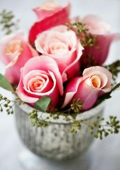 a bouquet idea for knock out rose blooms