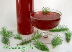 Fir tree syrup by truedelights Natural Cough Remedies, Thing 1, Fir Tree, Canning Recipes, Vitamin C, Food Inspiration, Yummy Treats, Alcoholic Drinks, Gardens