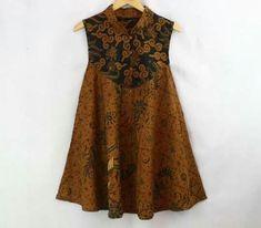 Super Ideas for style fashion outfits blouses Blouse Batik, Batik Dress, Lovely Dresses, Modest Dresses, Mode Batik, Batik Kebaya, Dress Anak, Batik Fashion, Blouse Outfit