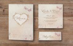 Romantische Hochzeitseinladung mit eigenem Foto in zierlichem Herzen