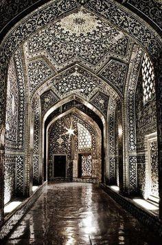 مسجد الشيخ لطف الله أصفهان أيران ...معمار مبهر