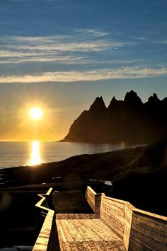 Senja runs from Gryllefjord to Botnhamn, with detours to Mefjordvær and Husøy, 102 km ©Foto: Steinar Skaar / Statens vegvesen Norway Travel, Places Of Interest, Public Spaces, Where To Go, Travel Tips, Places To Go, Globe, Bucket, City