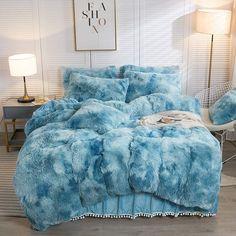 Fluffy Comforter, Bedroom Comforter Sets, King Size Comforter Sets, King Size Comforters, Dorm Room Bedding, College Bedding, Twin Bedding Sets, Designer Comforter Sets, Teal Comforter