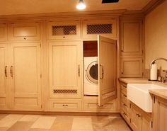 Laundry Room with hidden appliances
