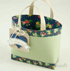 Stampin' Up! in Wien Paper Purse, Craft Show Ideas, Pretty Packaging, Tote Pattern, Gift Bags, Tote Bags, Paper Gifts, Craft Fairs, Diaper Bag