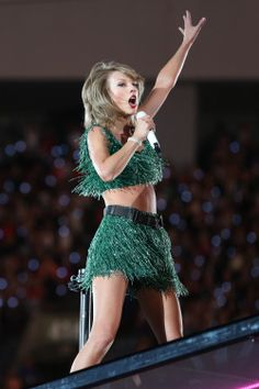 Taylor Swift - 1989 World Tour - Vancouver, BC. August 01, 2015 - Last additions - 08~1 - SwiftPhotos