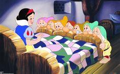 """Que tal assistir """"Branca de Neve e os Sete Anões"""" na telona de cinema? Vem aí mais uma temporada do projeto """"O Maravilhoso Mundo de Disney"""" na Rede Cinemark, desta vez, com a temática """"Princesas"""". Serão exibidos """"Frozen – Uma Aventura Congelante"""", """"Valente"""", """"A Bela e a Fera"""", """"A Princesa e o Sapo"""" e """"Branca de Neve e os Sete Anões"""". Acesse o site www.arrozdefyesta.net e saiba as datas e o preço dos ingressos."""